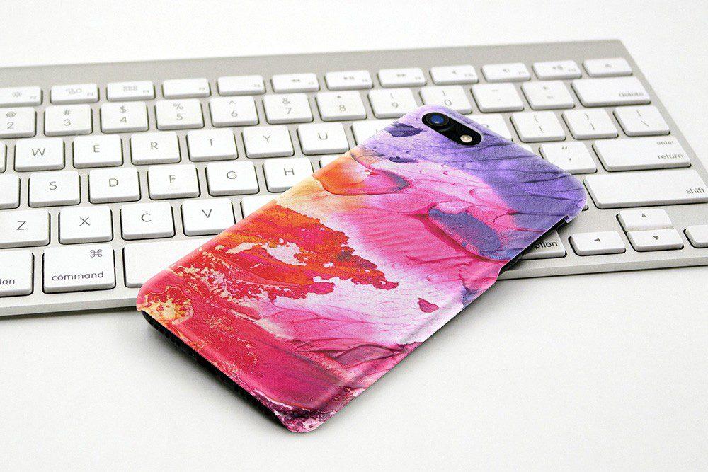 iphone-case-on-apple-keyboard-free-case-mockup-generator-psd-template