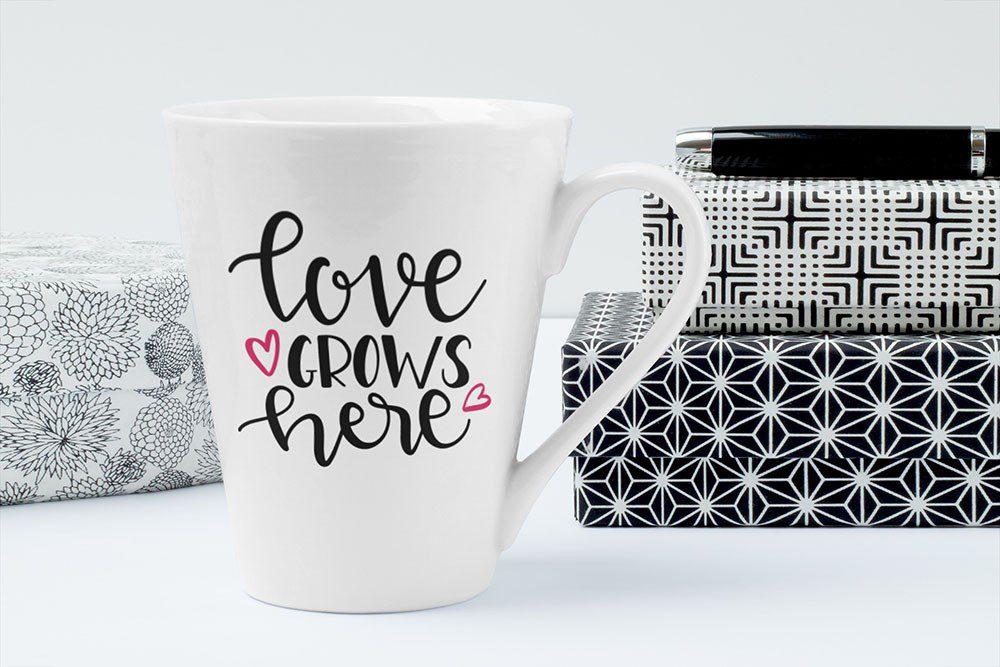 online-ceramic-coffee-mug-free-mockup-generator-photoshop-psd-template
