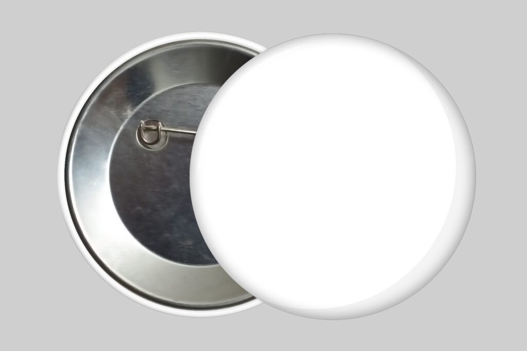 pin-badge-button-3d-online-custom-mockup-generator-psd-template-PNG-blank