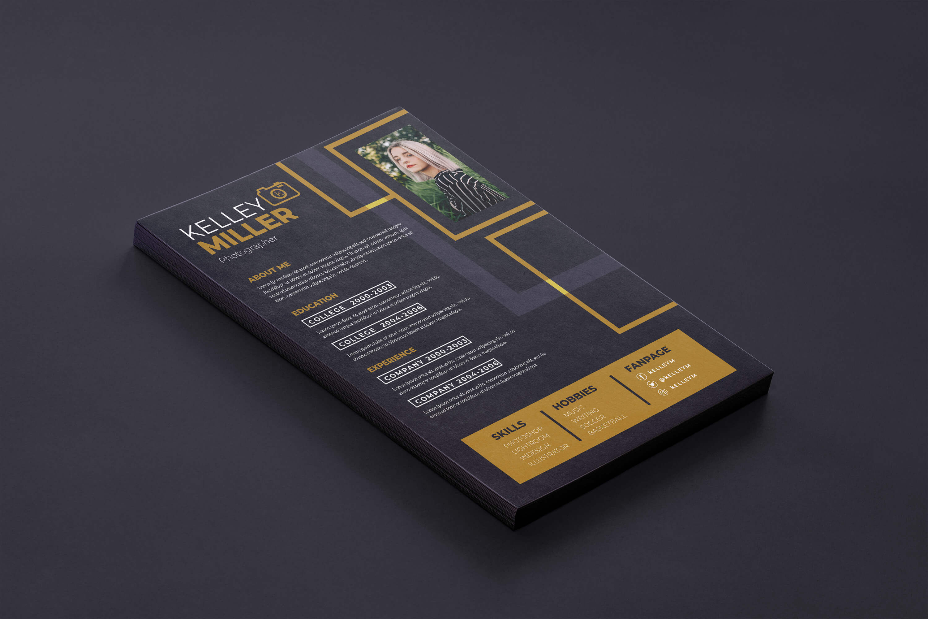 how-to-make-a-dark-CV_mockup-in-photoshop