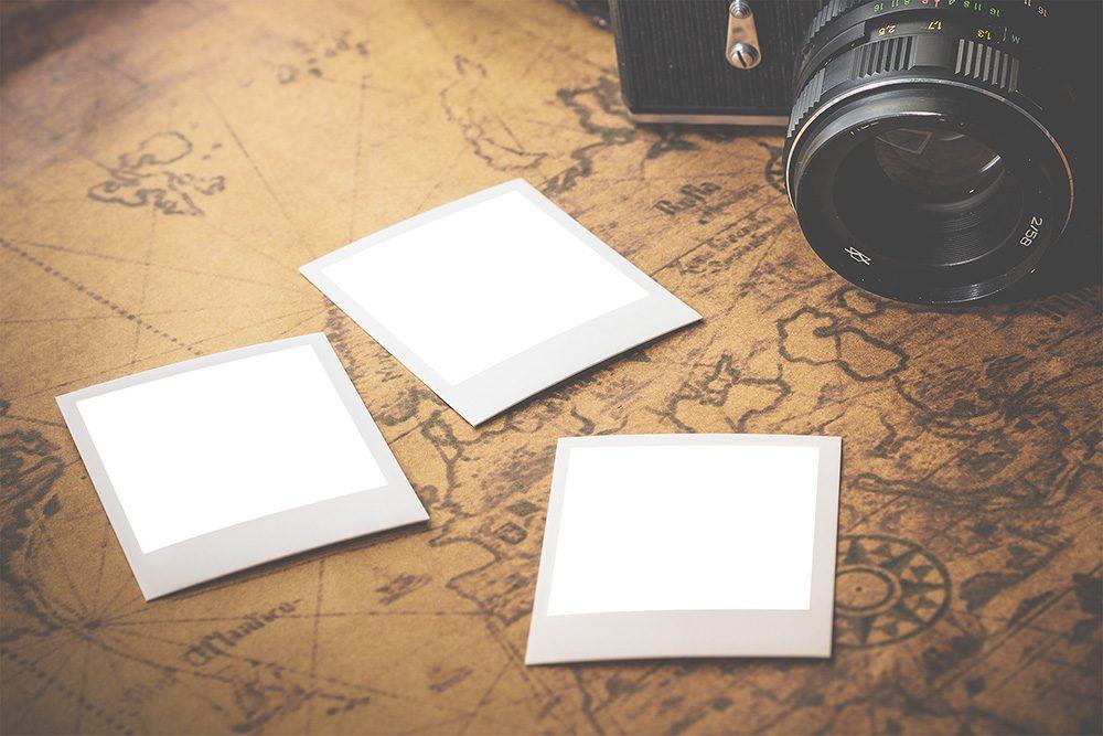 02-polaroid-photos-album-mockup