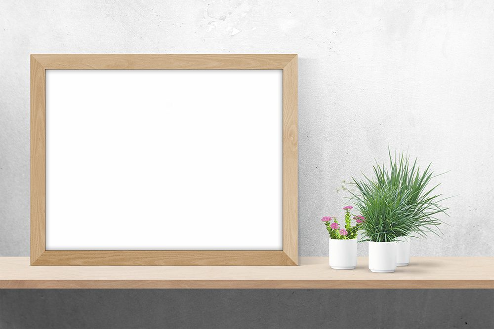03-wood-frame-mockup-psd-template