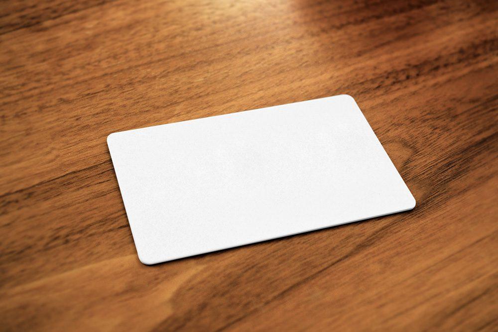 04-bank-credit-card-mockup-generator