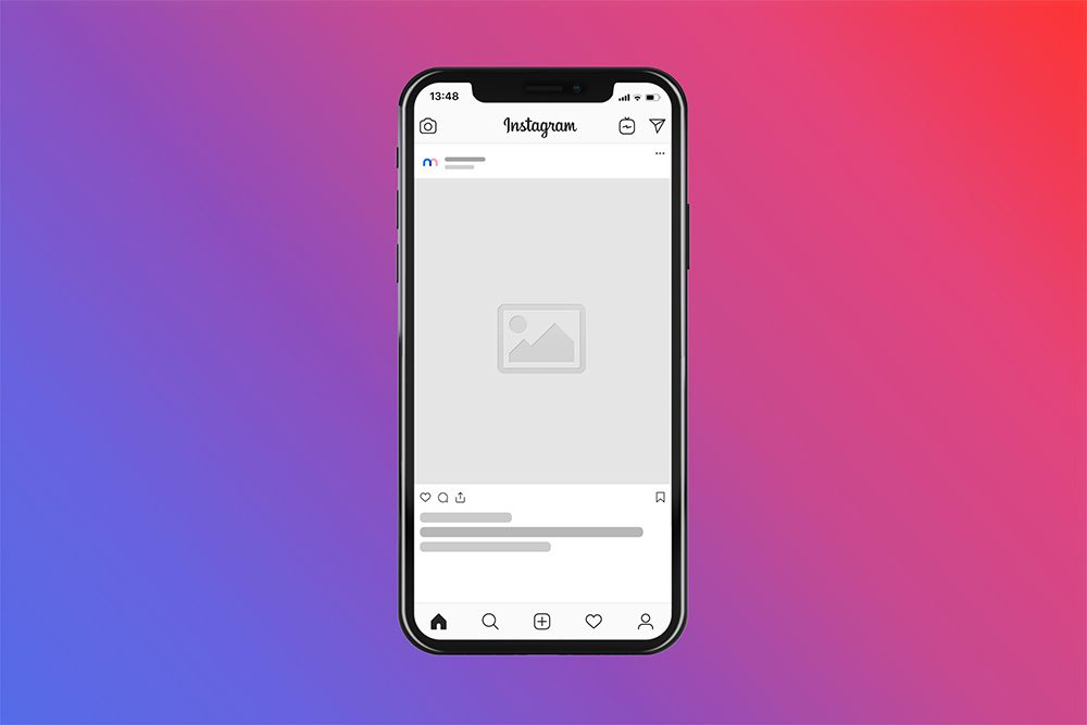 05-instagram-post-in-iphone-mockup-psd-template