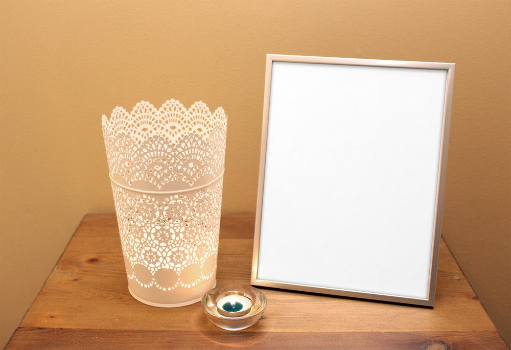 09-funeral-picture-frame-mockup-psd-template