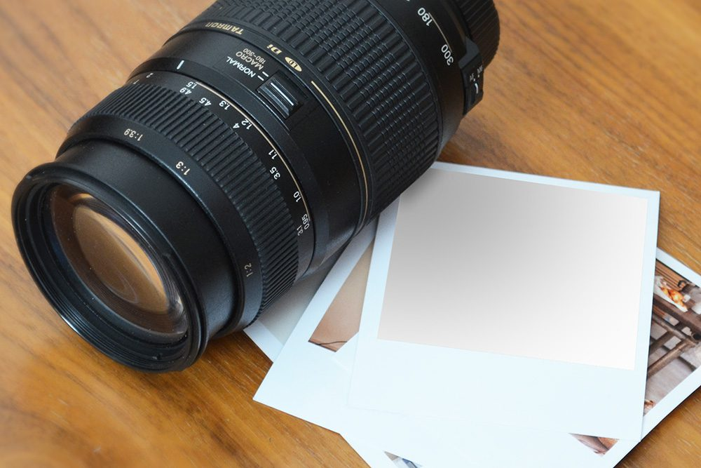 09-polaroid-image-mockup-maker