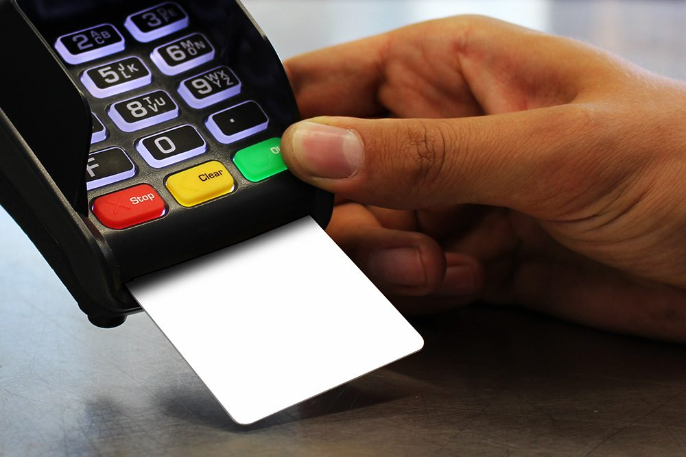12-credit-card-in-payment-terminal-mockup