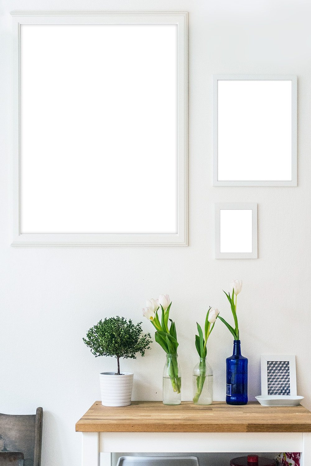 16-picture-photo-frame-mockup