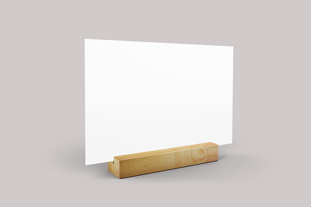 17-landscape-table-menu-mockup