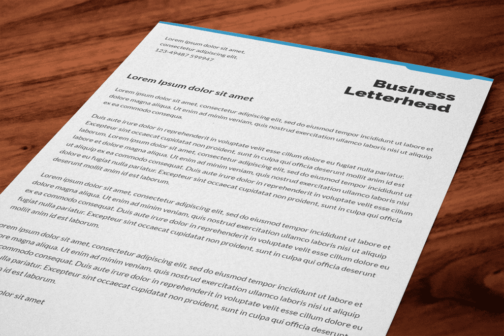 17-letterhead-on-wood-desk-photoshop-template