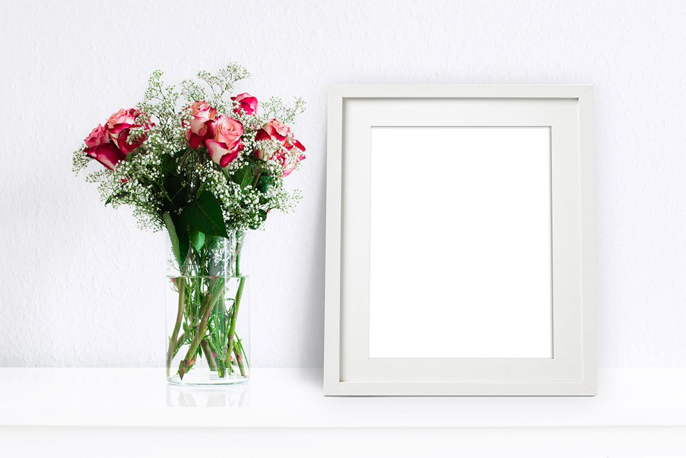 17-white-frame-mockup-for-picture-psd