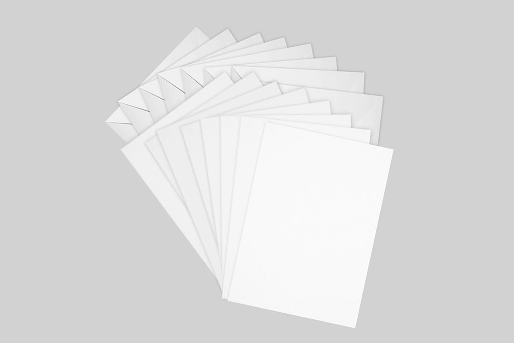 20-pack-of-greeting-cards-mockup