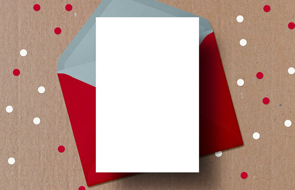 24-christmas-card-red-envelope-photoshop-mockup