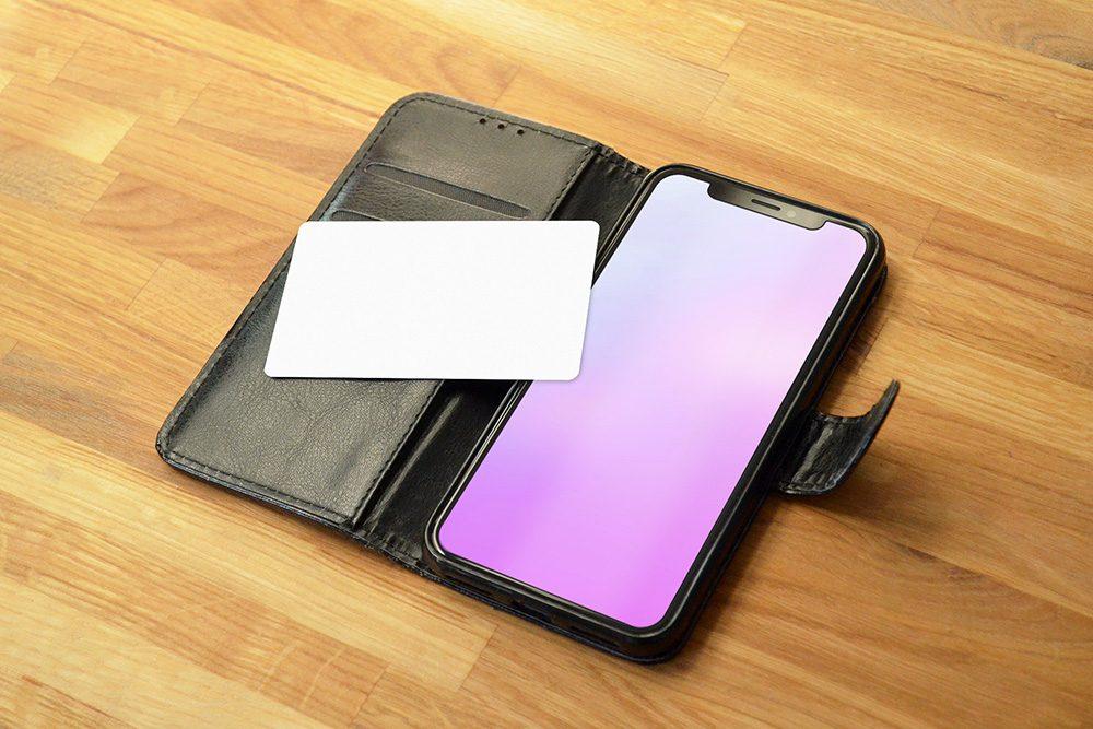 25-mobile-app-credit-card-mockup