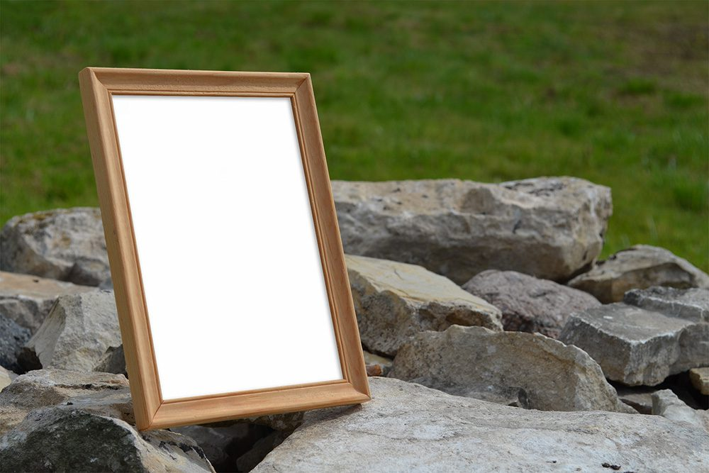 27-wood-photo-frame-mockup-psd