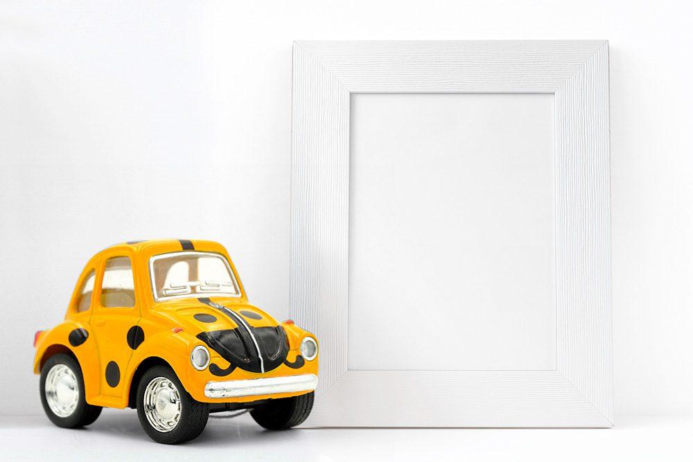 31-kids-photo-frame-picture-mockup-car