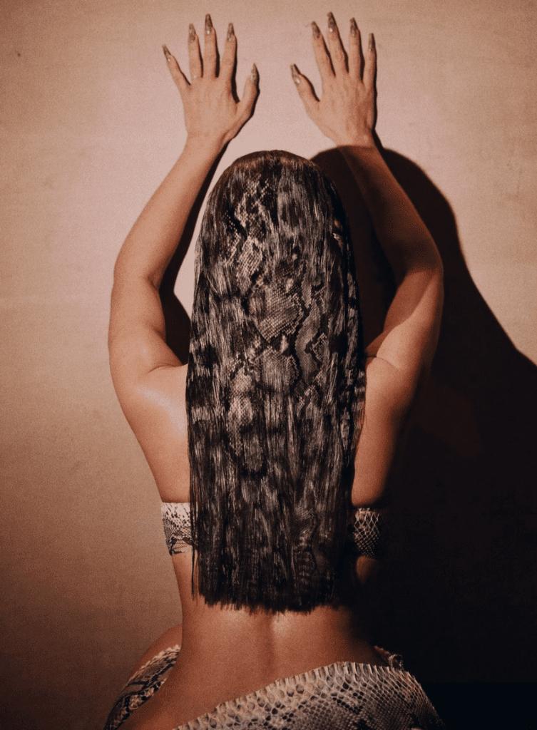 Kim Kardashian nails in hair photoshop fail