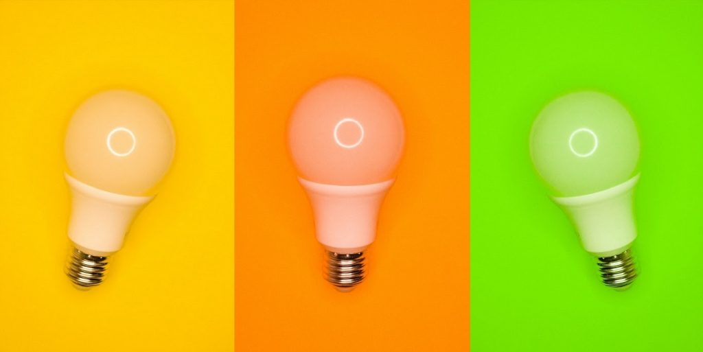 Hacks to flourish your digital marketing campaign blog article cover featuring three lightbulbs